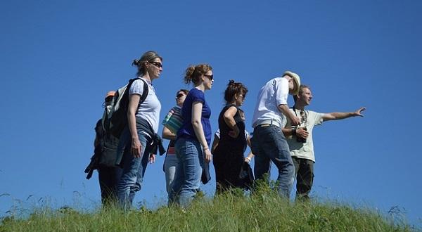 разделять группу для поиска дороги